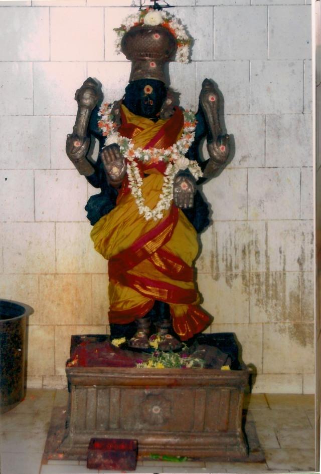 தீக்காலி அம்பாள் (அ) வல்லாம்பிகை